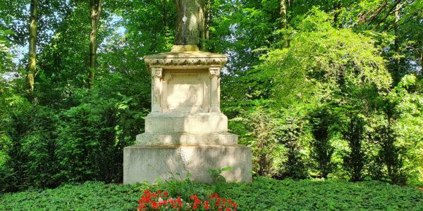 Die Priestergruft auf dem Alten Friedhof Beckhausen.